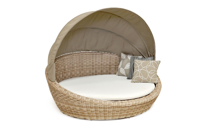 PEARL DAYBED